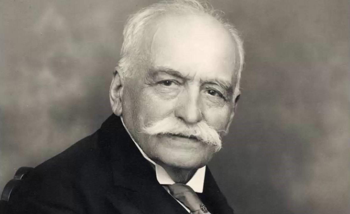 """César Ritz – người sáng lập Ritz Paris, đồng thời là """"cha đẻ"""" của ngành Nhà hàng khách sạn đẳng cấp thế giới"""